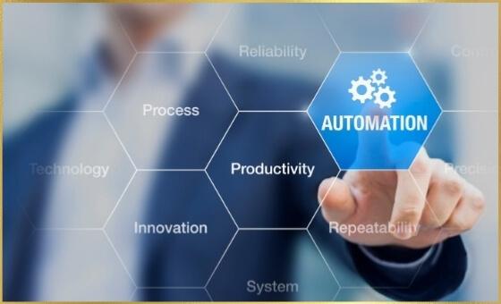 Buisnessman selecting automation on honeycomb pattern process board.